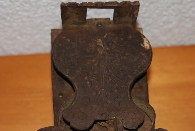 Truhenschloss 1800 Jhr. ziseliert